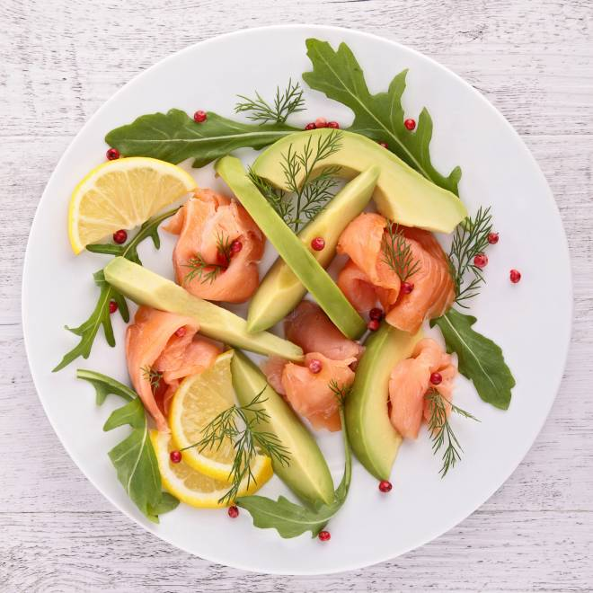 insalata-avocado-salmone-light